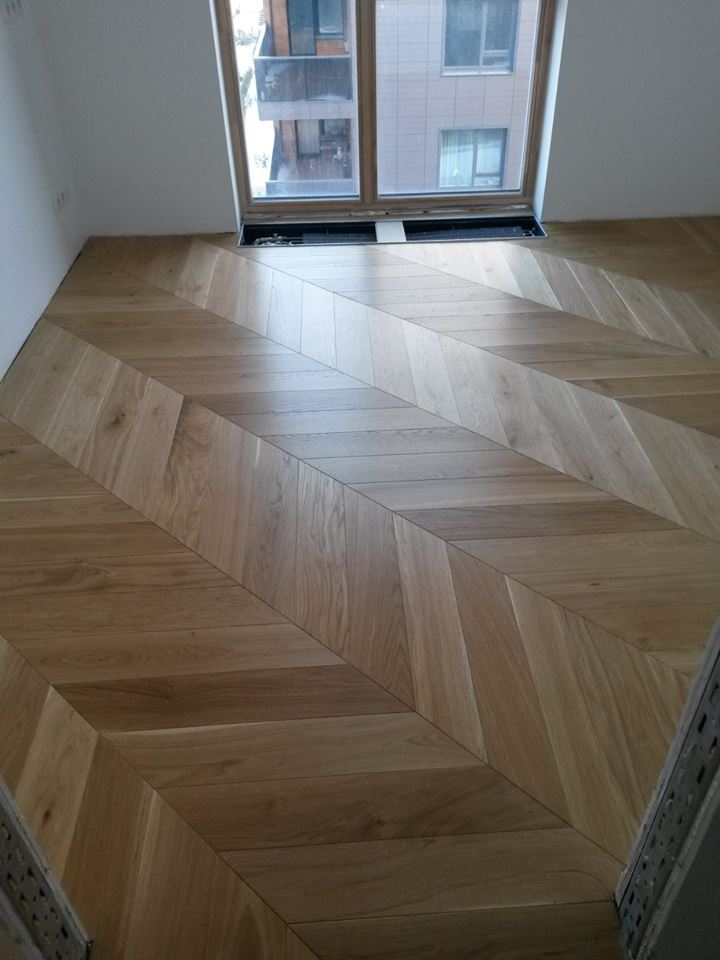 Oak Natural chevron parquet wood floors