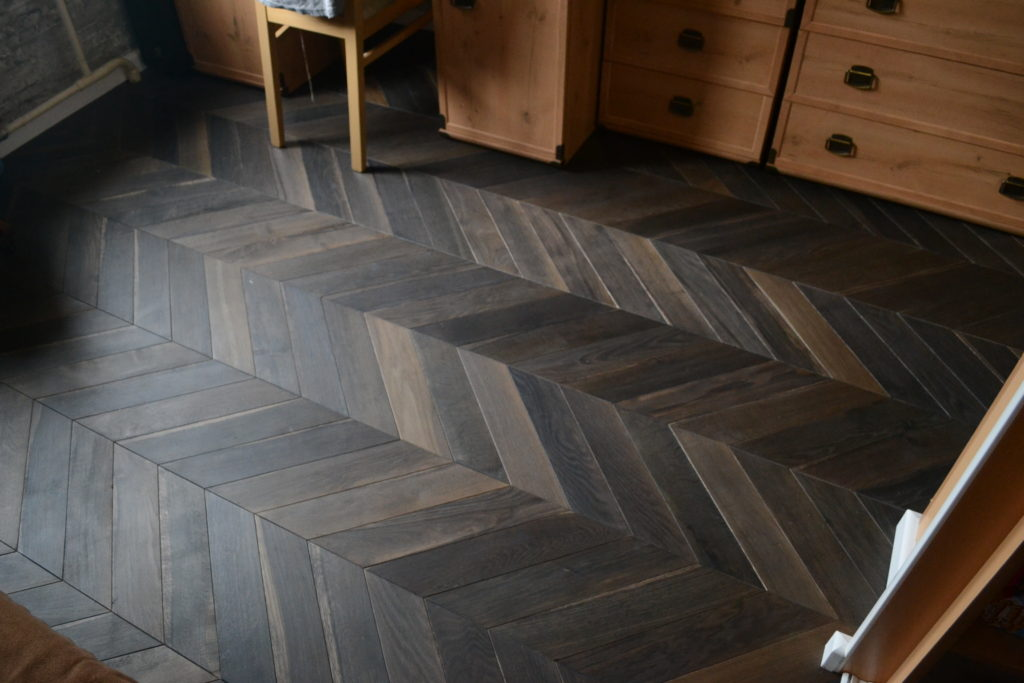 Deep Smoke chevron parquet